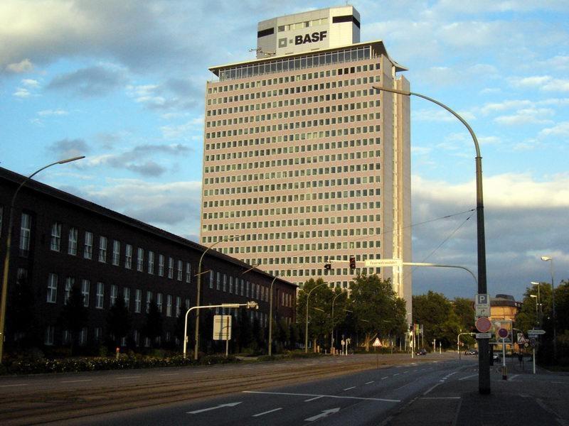 巴斯夫计划出售建筑化学品业务部门